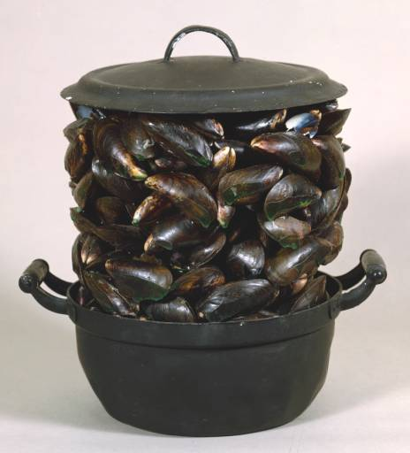 Casserole and Closed Mussels (1964)